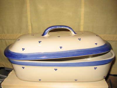 Ovaler Brottopf | weiss blaue Punkte