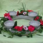 Blumenring mit vier Kerzenschälchen, Ginkgo-Dekor